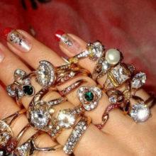 А какой формы камень в вашем кольце?