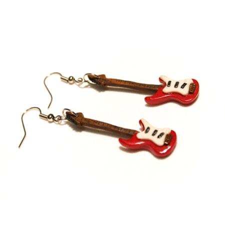 Серьги в виде гитары символика украшений
