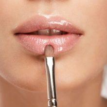 6 советов, как исправить форму губ с помощью макияжа