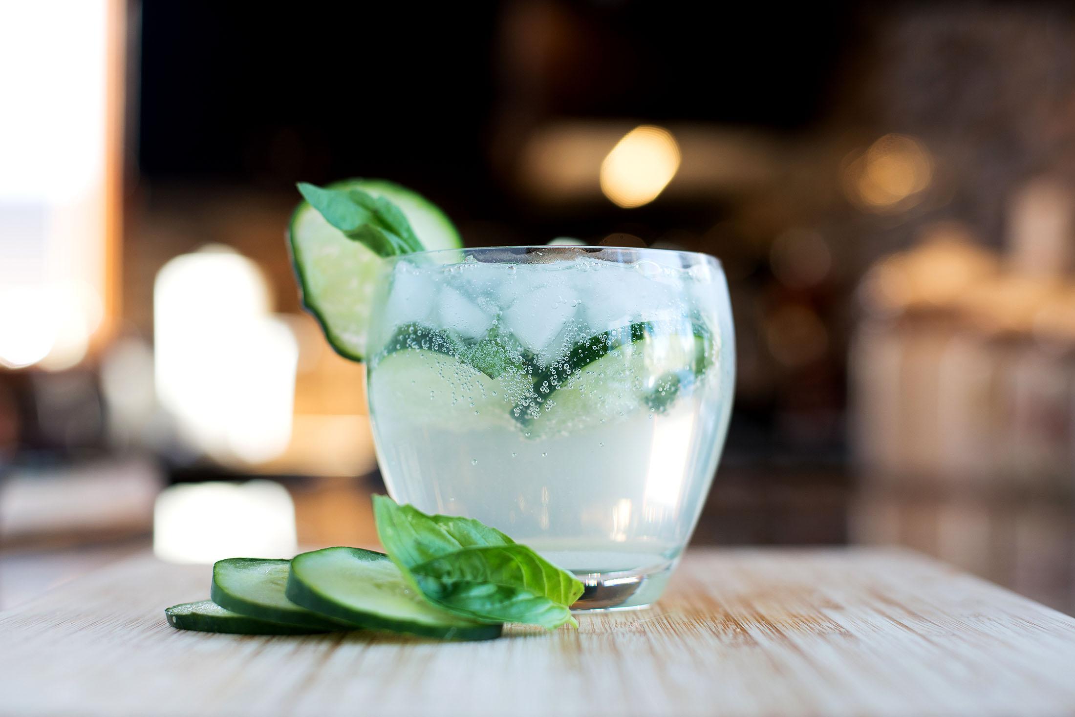 простие рецепти коктейлей с базиликом