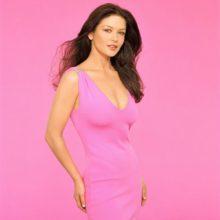 Какие цвета сочетаются с розовым в одежде