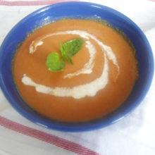 Рецепты вегетарианских блюд: холодный суп гаспачо