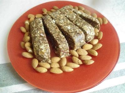 вегетарианские сладости энергетический батончик рецепт | our-woman.ru