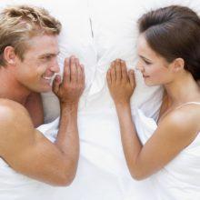 Мужчина и женщина: как перестать стесняться в постели