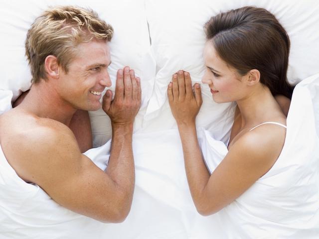 мужчина и женщина как перестать стесняться в постели | our-woman.ru