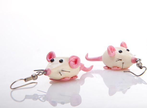 Серьги в виде мышек символика украшений