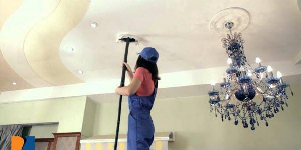 чем можно помыть натяжной потолок1